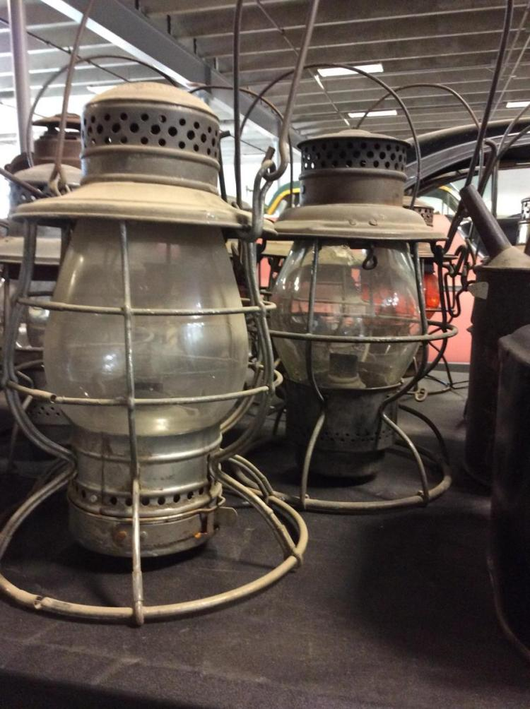 Vintage Oil Lantern 91