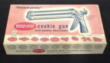 Wear-ever Cookie Gun & Pastry Decor