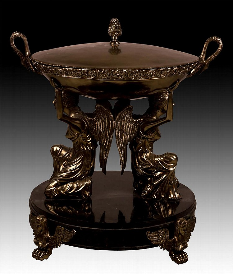Neoclassical Covered Vessel