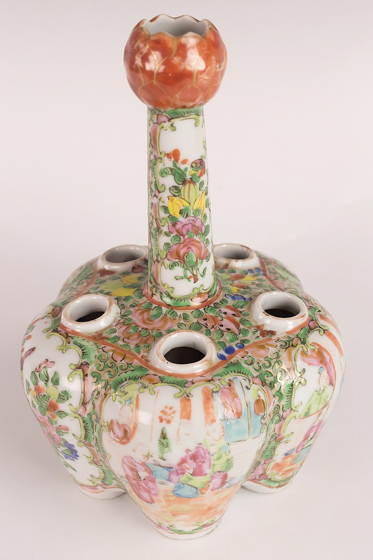Chinese Qing Rose Medallion Crocus Pot, Six Cups