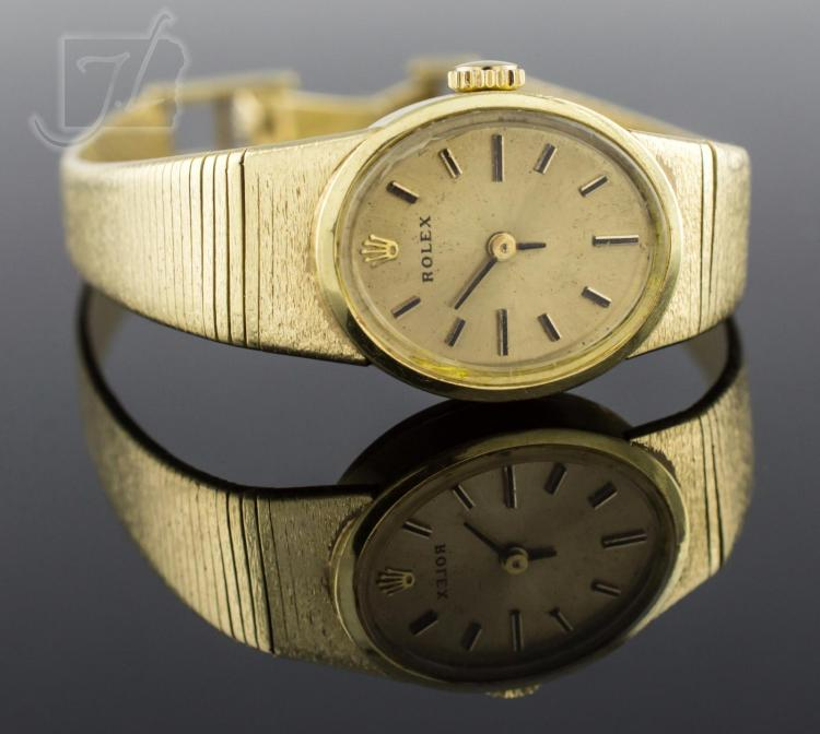 14K Yellow Gold Vintage Ladies Rolex Wristwatch
