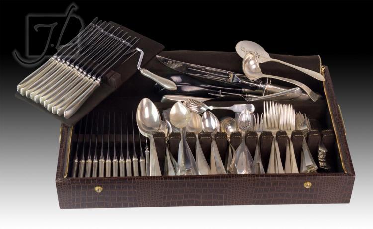 197 Pc. Richard Dimes Sterling Silver Flatware Set