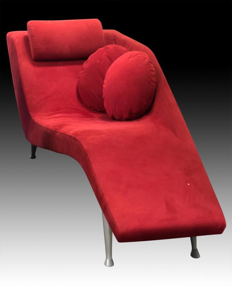 DellaRobbia Finn Chaise Lounge