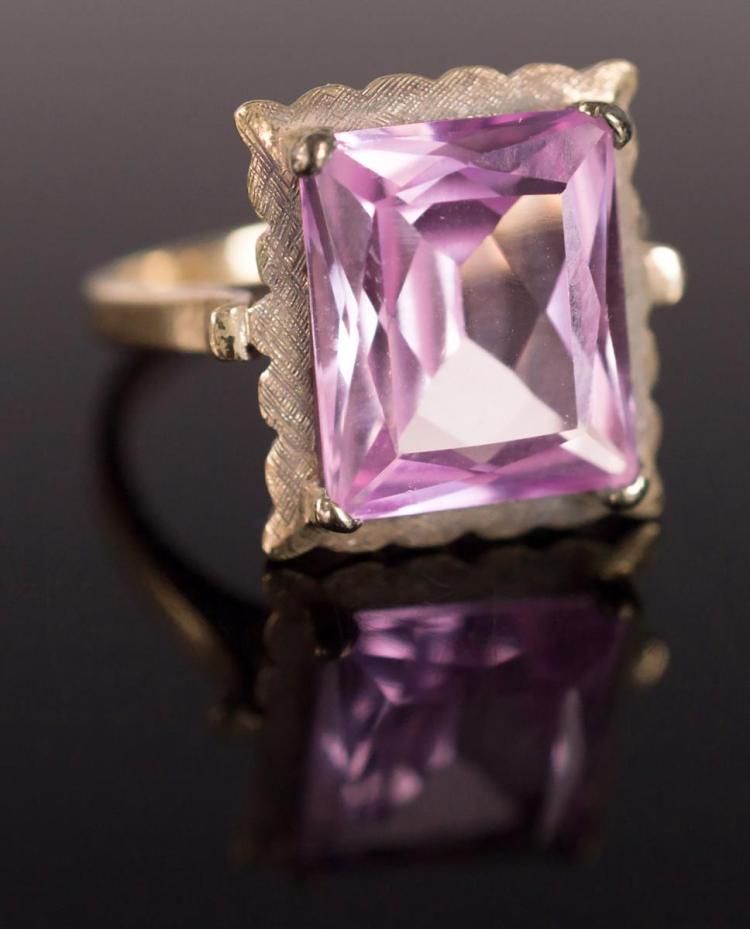 10K Gold Pink Topaz Ladies Ring
