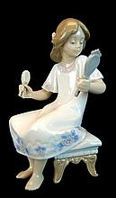 Lladro Porcelain #5678 - I Feel Pretty