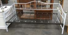 White Metal Frame Day Bed