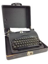 20th C. Corona Standard Black Typewriter w/ Case