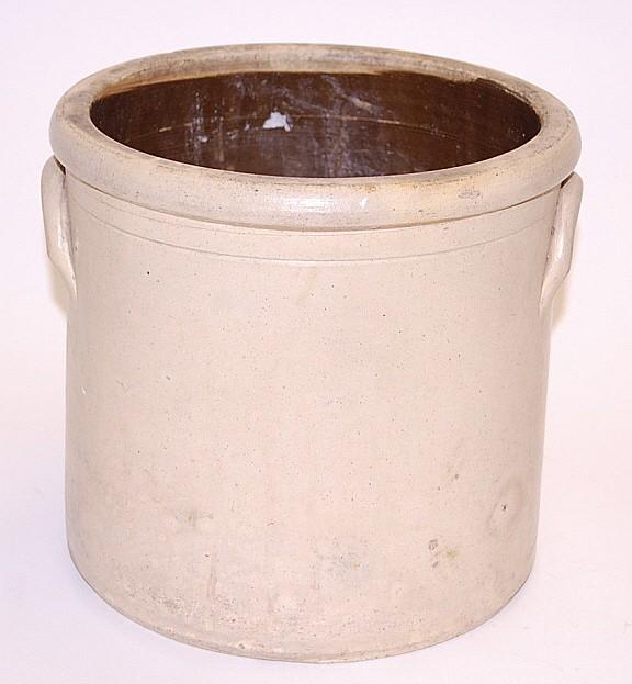 Crock with Handles, 10