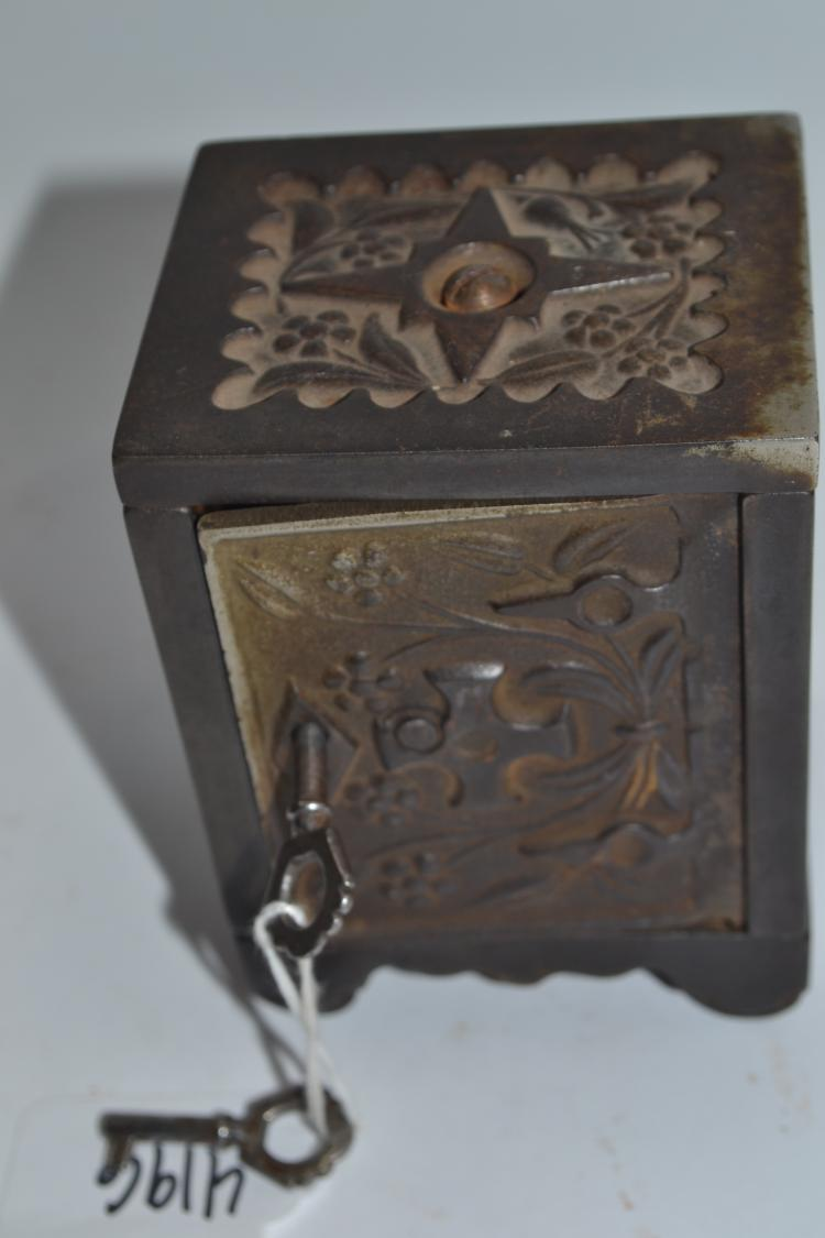 Antique J&E Stevens Company 1897 Cast Iron Miniature Safe