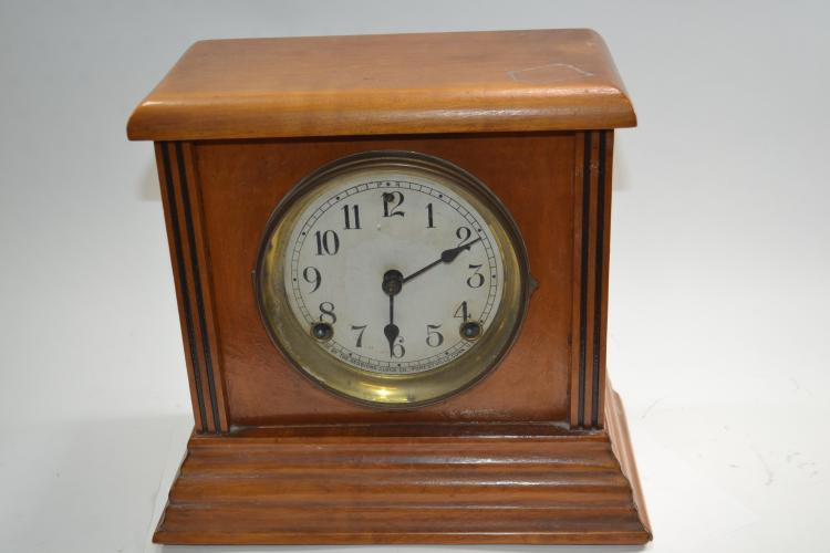 Antique Sessions Clock Company Wood Case Mantle Clock