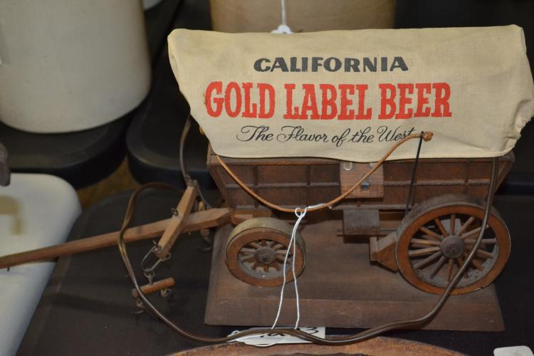 Vintage California Gold Label Beer Covered Wagon Table Lamp