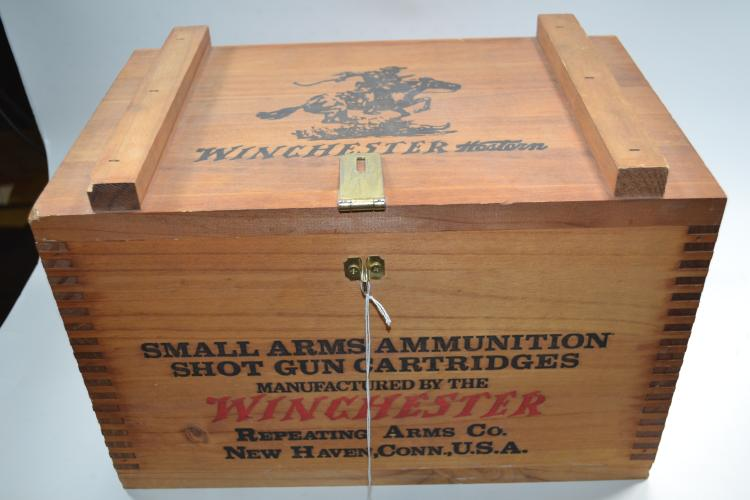 Vintage Winchester Small Arms Ammunition Shotgun Cartridge Box