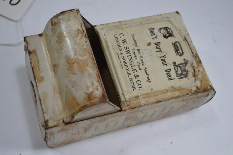 Antique Tin Dont Bury Your Dead Advertising Match Safe