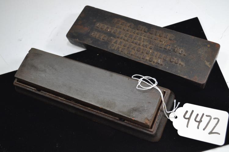 Antique Norton Emory Wheel Company India Oil Stone In Cast Iron Case