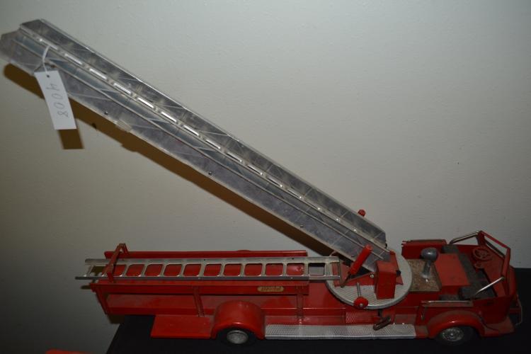 Vintage Charles WM Doepke Mfg Co Model Toys Pressed Steel Aerial Ladder Fire Truck