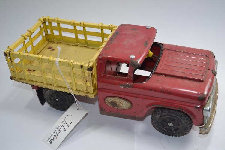 Vintage San Made In Japan 595 Pressed Steel Toy Stake Bed Flatbed Truck