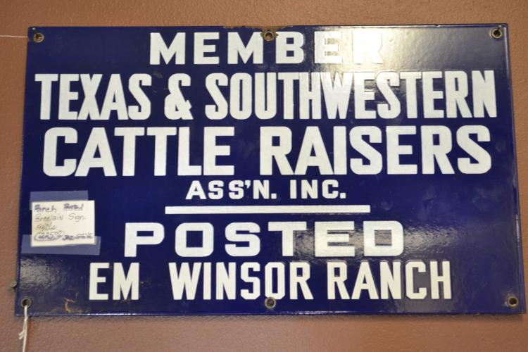1940S  Posted Em Winsor Ranch Texas And Southwestern Cattle Raisers Assoc Porcelain Enamel Sign