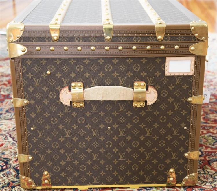 Louis Vuitton Malle Courrier Lozine 110 Double Wardrobe Trunk Note: Retails for $24,700.