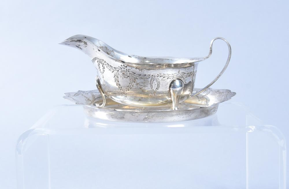 English Sheffield Edwardian Style Sterling Silver Sauce Boat and Tray