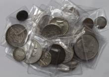 World Coins (25) 19th-20thC including much silver, noted nice grade South Africa Kruger silver 2&1/2 Shillings.