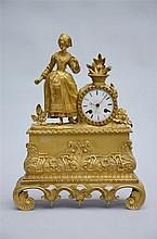 A gilt bronze Louis-Philippe clock * (11x32x41cm)