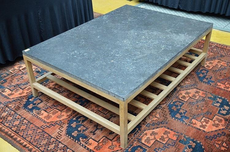 Table de salon moderne avec tablette en pierre bleu 46x140x - Table de salon en pierre ...