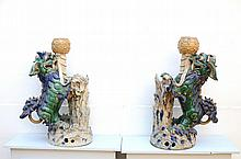 A pair of important Chinese Foo lions in glazed pottery (*) (45x27x74cm)