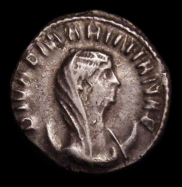 Mariniana. Ar antoninianus. C, 253-257 AD. Rev; CONSECRATIO, peacock in splendour looking right. RIC 4. Dark tone. 2.27g. G Fine/VF