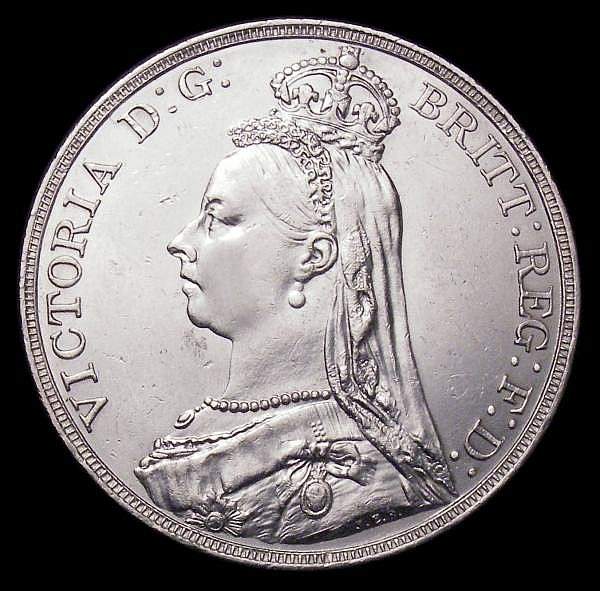 Crown 1891 ESC 301 EF lightly rubbed on the Queen's cheek