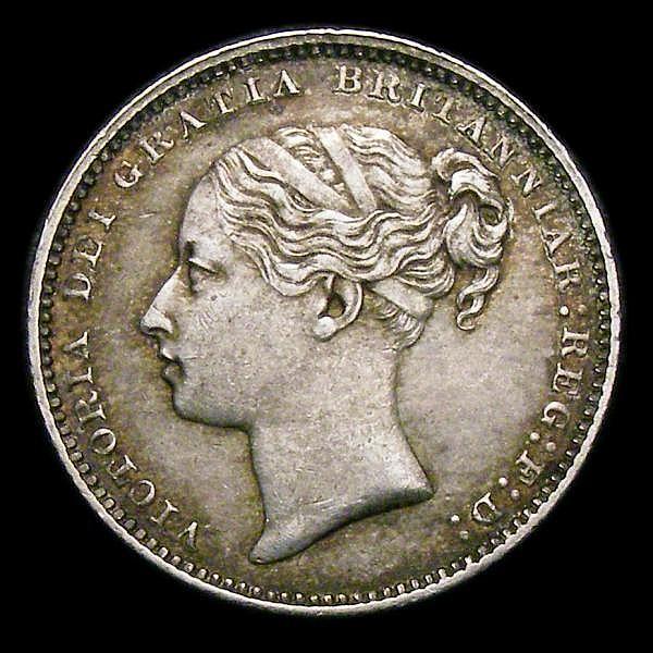 Shilling 1882 ESC 1341 Davies 918 dies 7E GVF toned