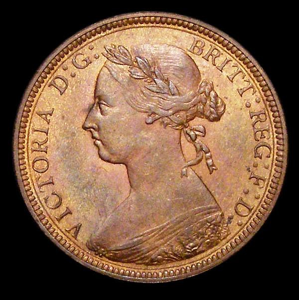 Halfpenny 1883 Freeman 349 dies 17+S UNC or near so with some lustre