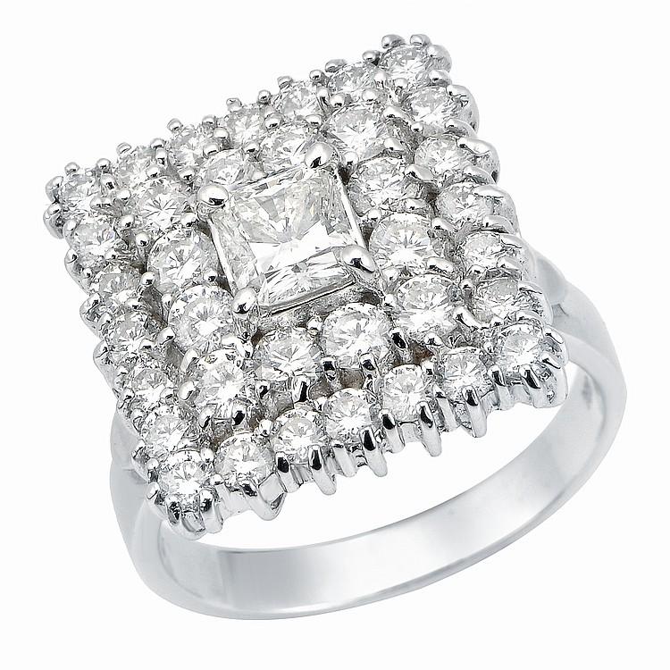 3.5ct Diamond Ring