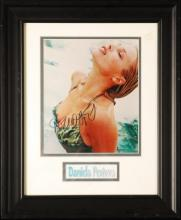 Daniela Pestova, Autograph and Framed Photograph