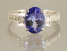 2.57ct TANZANITE & DIAMOND RING
