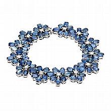 46.98ct Sapphire & 0.93ct Diamond Bracelet
