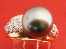Vintage 14K Gold Tahitan Pearl Ring