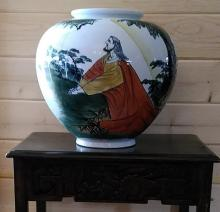 XLG Chinese Porcelain Vase Signed & Hallmarked w. Chinese Characters