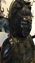 Old Exquisite Black Jade Kwanyin Sculpture (4)