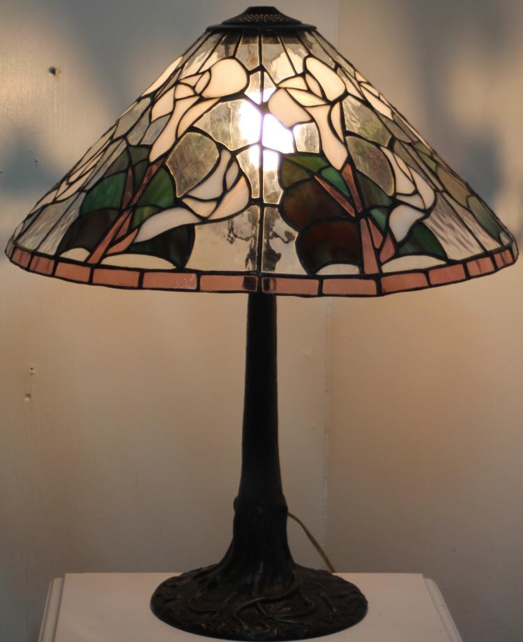 stained leaded glass lamp w very heavy tree base detailed lamp base. Black Bedroom Furniture Sets. Home Design Ideas