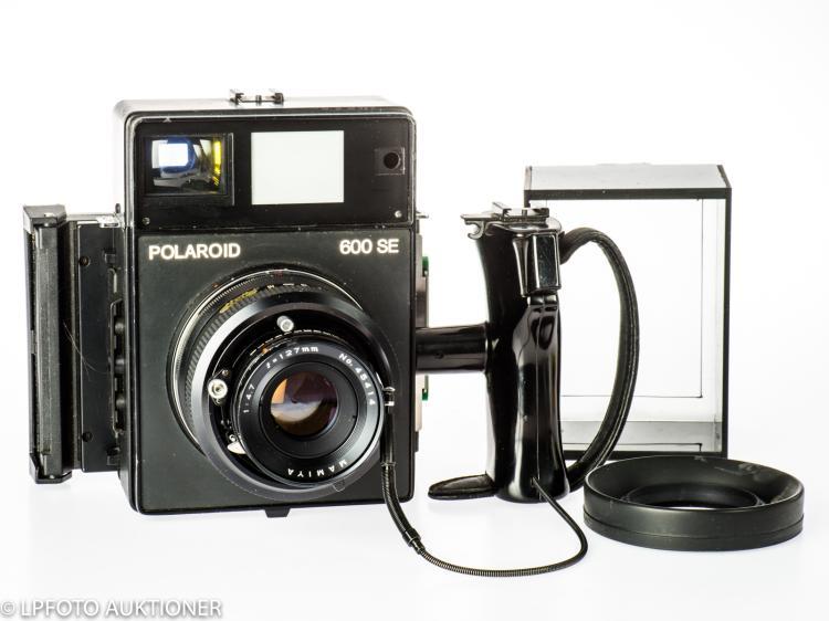 Polaroid 600SE No.MAA90234B