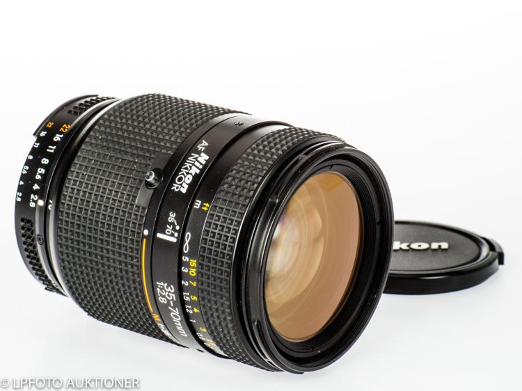Nikkor AF 2.8/35-70mm No.261010
