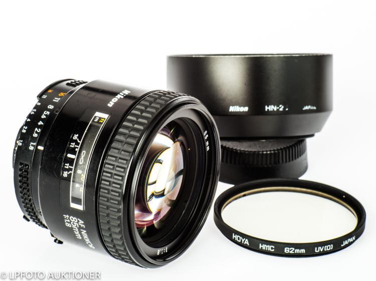 AF Nikkor 1.8/85mm No.264402