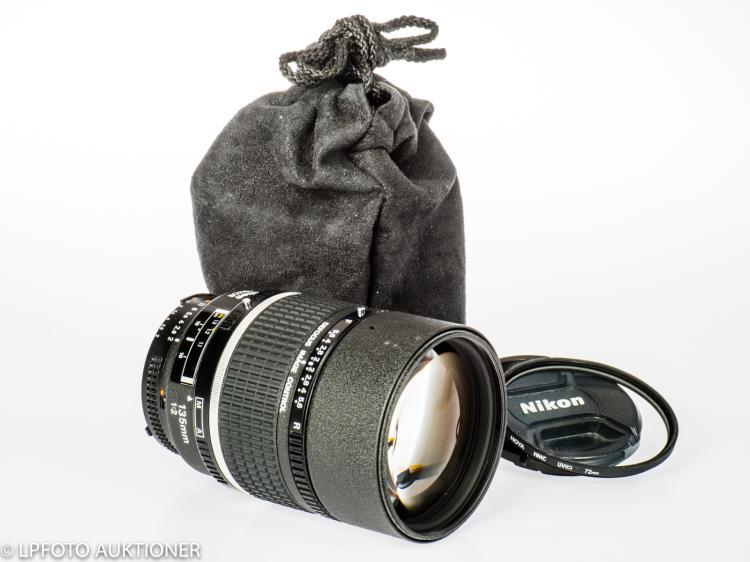 Nikon AF DC-Nikkor 2/135mm No.205802