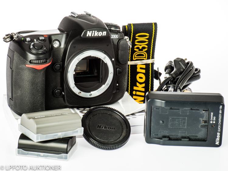 Nikon D300 No.4076804