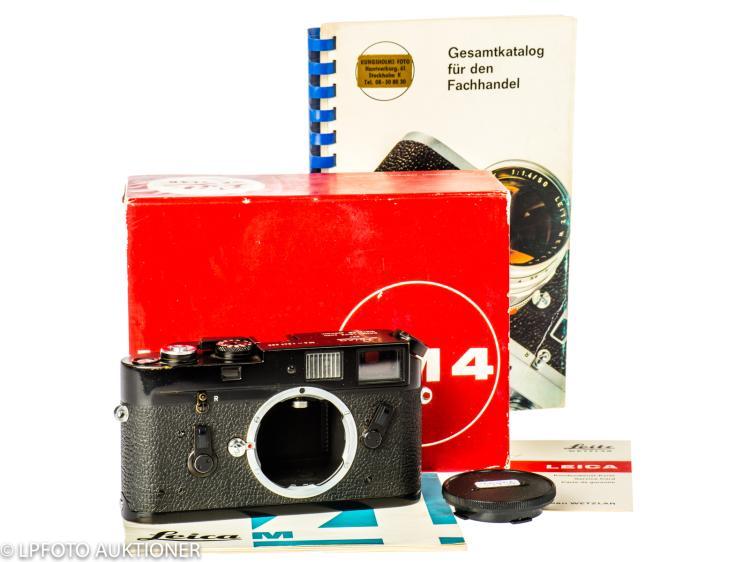 Leica M4 No.1247390