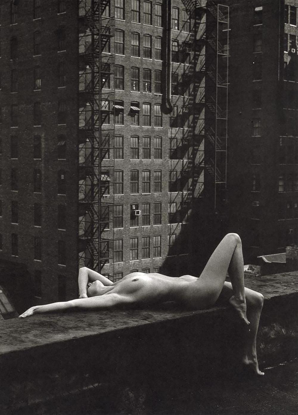 PATRICK DEMARCHELIER - NUDE, NEW YORK, 1975