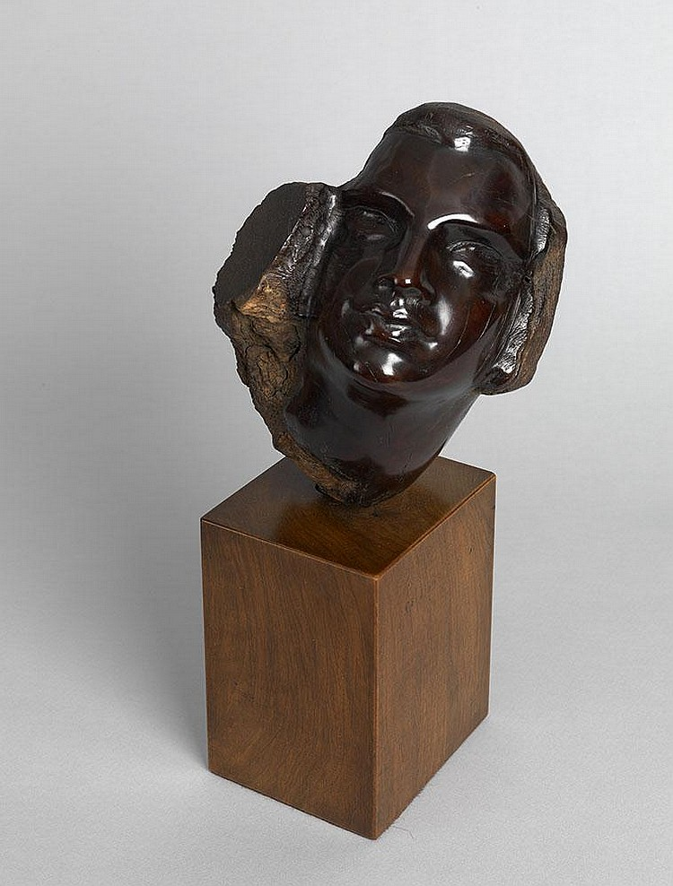 ERZIA, STEPHEN Years: 1876-1960 Female Headcarved