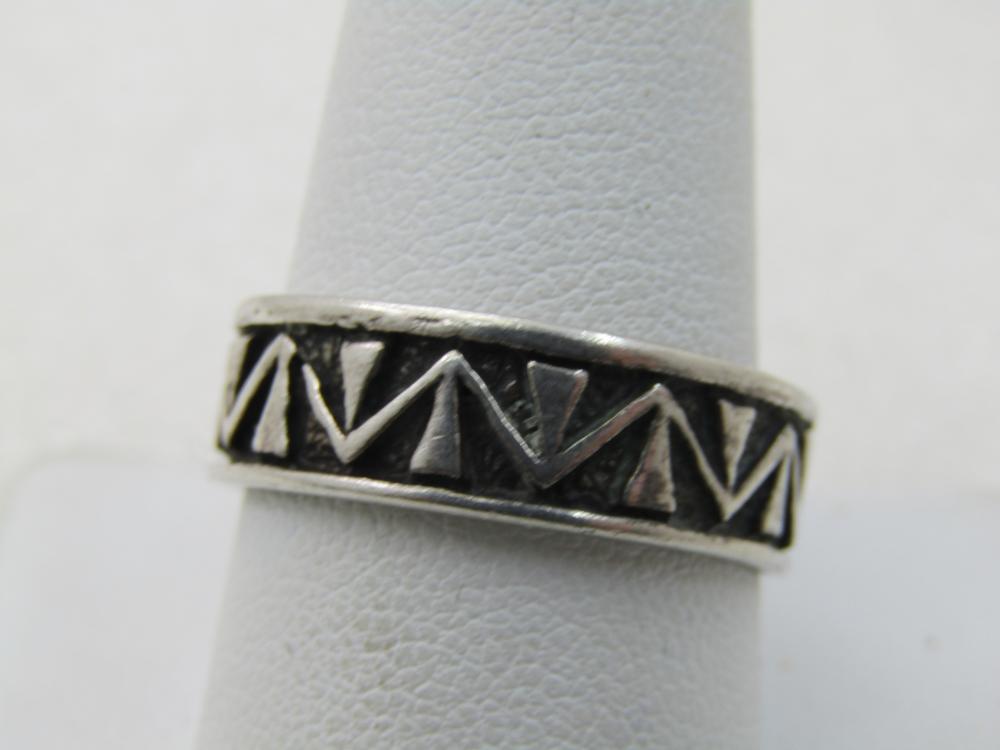 Vintage Sterling Silver Southwestern Band Ring, Sz. 11, 7mm - Wedding Band