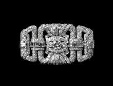 A fine Art Deco platinum and diamond brooch the rectangular,
