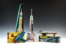 A selection of vintage boxed tinplate space toys comprising an English Pifco Zetaray space gun; Lemezaru Gyar,